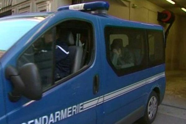 L'arrivée de Pascal Dauriac pour être entendu au Palais de Justice de Marseille.