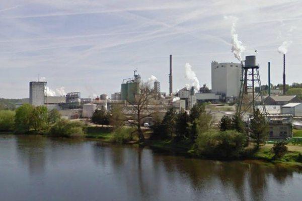 L'usine International Paper en bord de Vienne