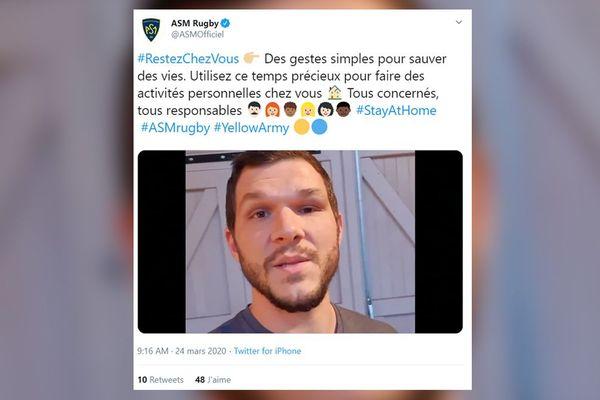 Quand la notoriété sert une bonne cause : des joueurs de l'ASM Clermont Auvergne demandent à leurs supporters de bien respecter le confinement dû au coronavirus.
