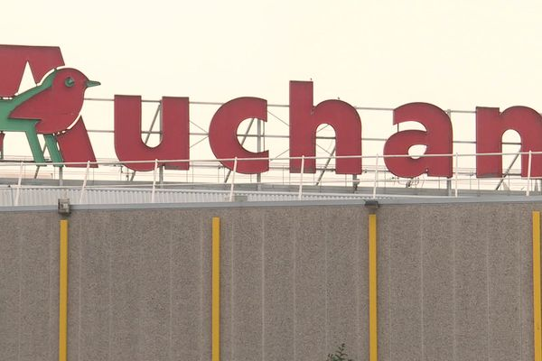 L'enseigne Auchan à Dieppe