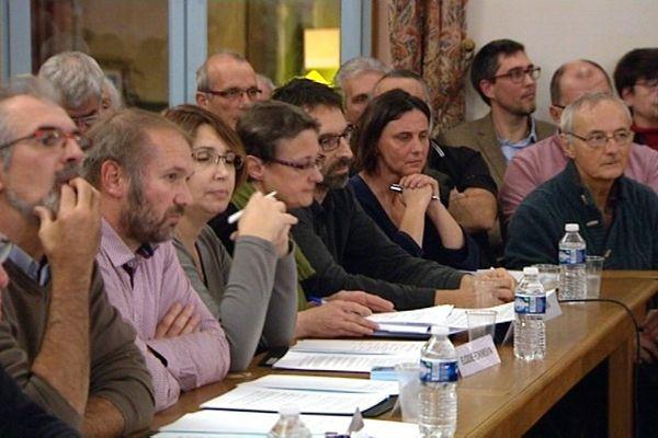 Le conseil municipal de Tournus a débattu de l'implantation d'une nouvelle zone commerciale, mercredi 23 novembre 2016.