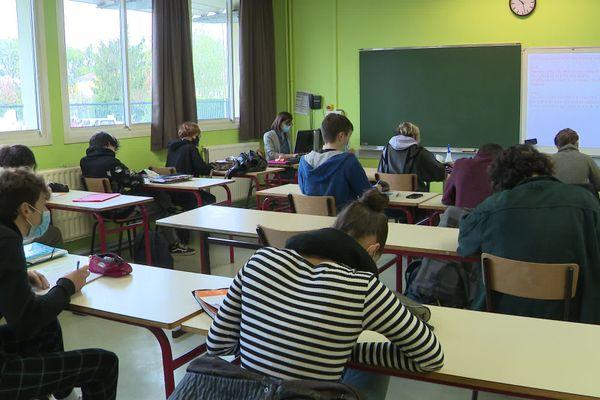 Le lycée Jean Monnet met en place les nouvelles règles sanitaires