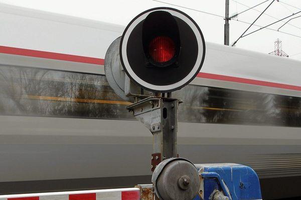 Les passages à niveau sont dangereux rappelle chaque année la SNCF dans une campagne de communication nationale
