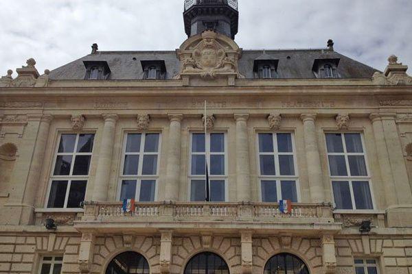 La façade de l'hôtel de ville de Vernon