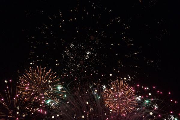 Nuits de Sologne - sept 2017 . Un spectacle pyrotechnique d'envergure.