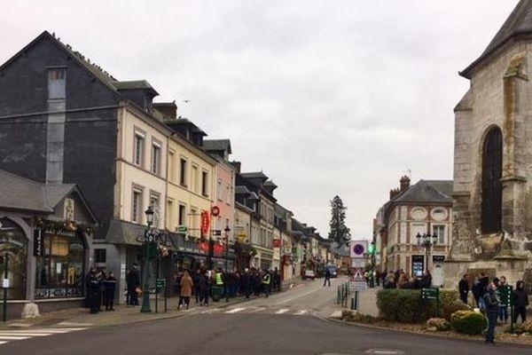 Mardi 15 janvier 2018, Grand Bourgtheroulde sous haute protection pour la venue d'Emmanuel Macron.