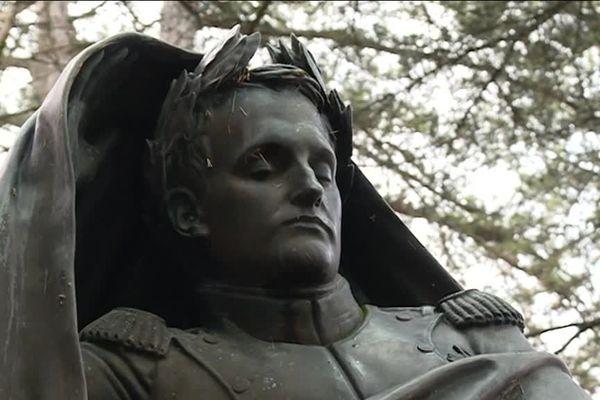 Sur les hauteurs de Fixin, en Côte-d'Or, un musée est consacré à Napoléon Ier et à Claude Noisot, un soldat qui idolâtrait son empereur.