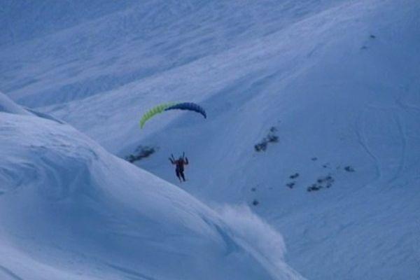 Des skis, une voile et une bonne dose d'adrénaline