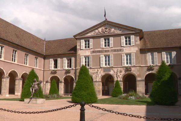 La mairie de Beaune.