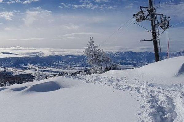 Les trois stations de ski Saint-Lary, Font-Romeu Pyrénées 2000 et Artouste, seront bien ouvertes à 100% pour cette seconde semaine des vacances de février. Le préavis de grève chez Altiservice est levé.