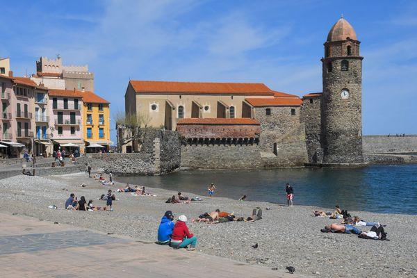Sur la plage comme sur les berges de la Garonne, entre autres, il est interdit de se regrouper à plus de six personnes.