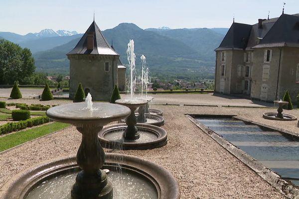Les jardins du château du Touvet pourraient rouvrir d'ici quelques semaines.