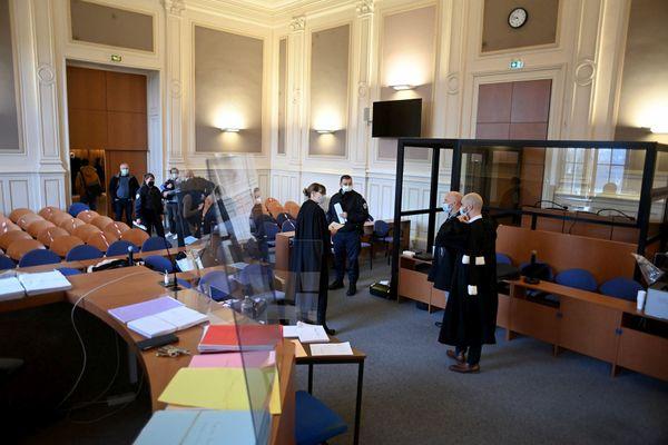 La cour d'assises des Côtes-d'Armor, pendant le procès de Simon Jégou