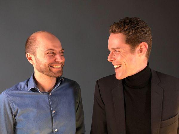 François Birot (à gauche) et Hugues de Chaumont (à droite) ont créé cette start-up. Leur amitié date de leurs rencontre autour du son... dans une chorale