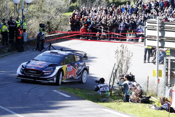 WRC/Tour de Corse - Lors de la 2e journée, le Français Sébastien Ogier a accru  son avance en tête après l'ES7
