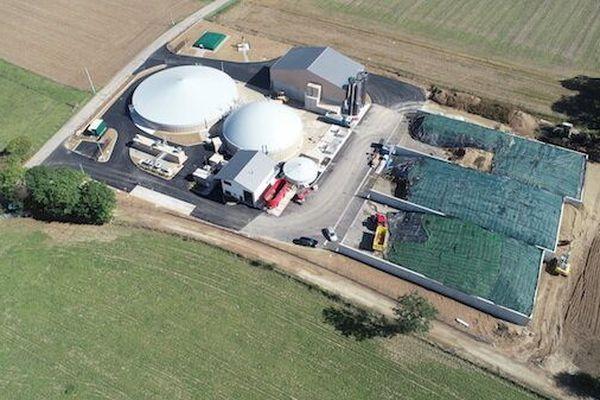 Le premier méthaniseur d'Isère fonctionnant uniquement avec des déchets agricoles a été inauguré à Apprieu.