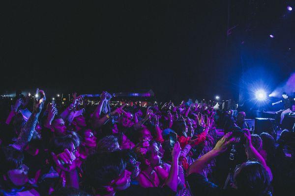 Roméo Elvis a joué sur la grande scène, le vendredi 27 juillet, aux Nuits Secrètes.