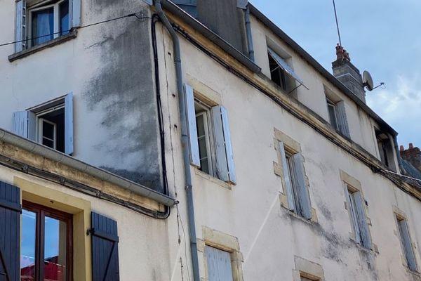 C'est dans cet immeuble de Gray que l'incendie s'est déclaré au 3ème étage