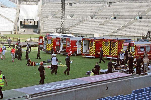 Les secours avaient été très nombreux après l'effondrement de la scène au Vélodrome.