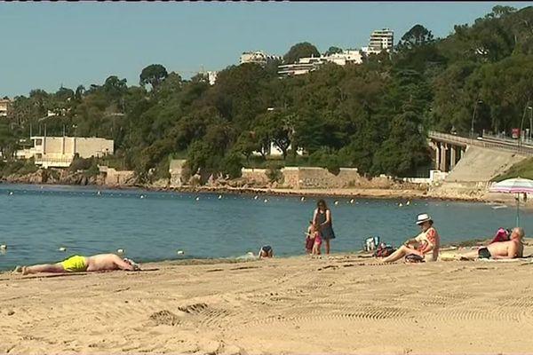 Enfin du soleil sur les plages azuréennes