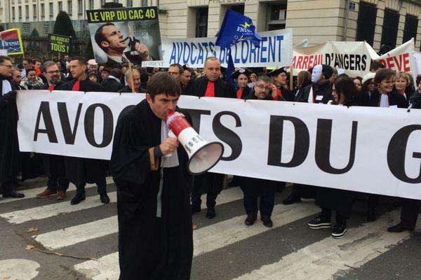 Les avocats du grand ouest réunis devant la préfecture de Loire-Atlantique à Nantes, le 12  décembre 2018