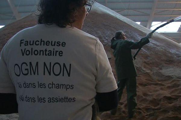 Les faucheurs sont arrivés vers 06H30 sur les lieux, au terminal agro de Montoir-de-Bretagne