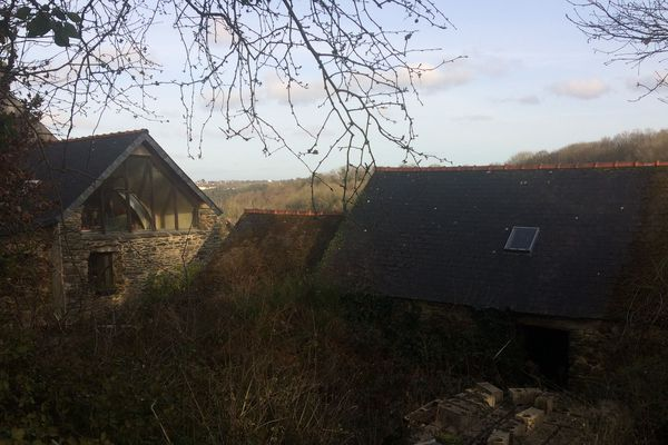La ferme d'Hubert Caoussin à Pont-de-Buis, dans le Finistère