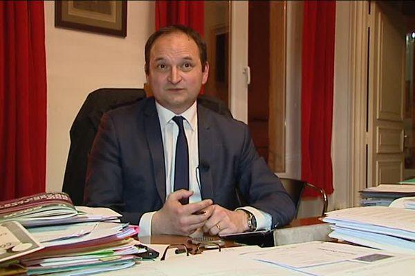 Le député de la Loire Régis Juanico estime que trop eu d'habitants ont répondu à l'offre de dépistage