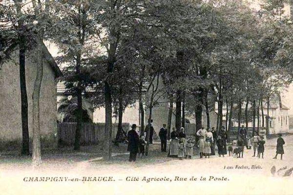 Champigny-en-Beauce rue de la poste