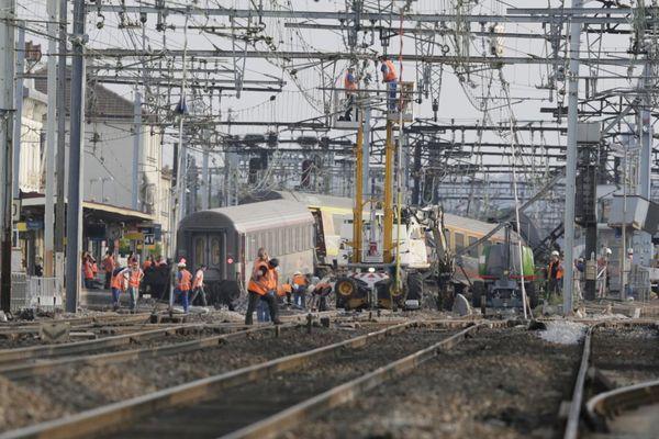 La gare de Brétigny-sur-Orge, le lendemain de l'accident.