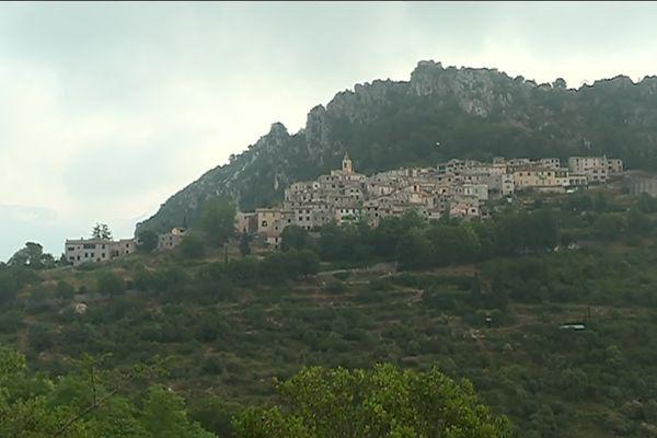 Le village de Saint Agnès, le village littoral le plus haut d'Europe