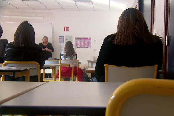 Une intervention portant sur la question du consentement sexuel s'est tenue mardi au lycée Delorme de l'Isle-d'Abeau (Isère).