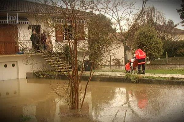 Un maison inondée par la montée des eaux en 2010 lors de la tempête Xynthia.