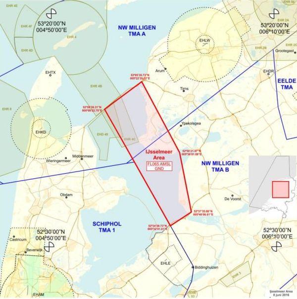 En rouge, la zone de tournage délimitée sur l'IJsselmeer du 23 juin au 25 juillet.