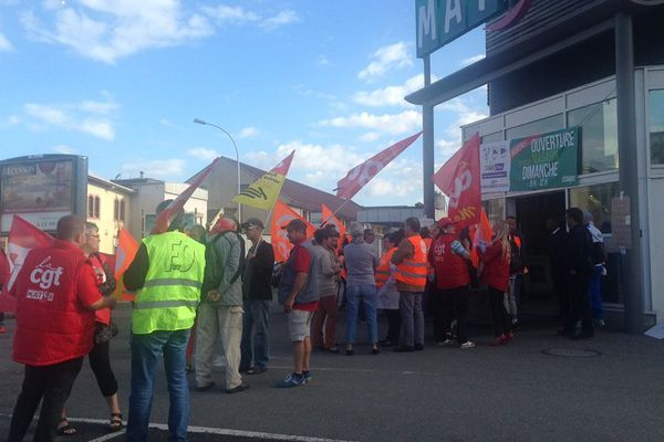 Les manifestants répondaient à l'appel de la CGT et de la CFDT