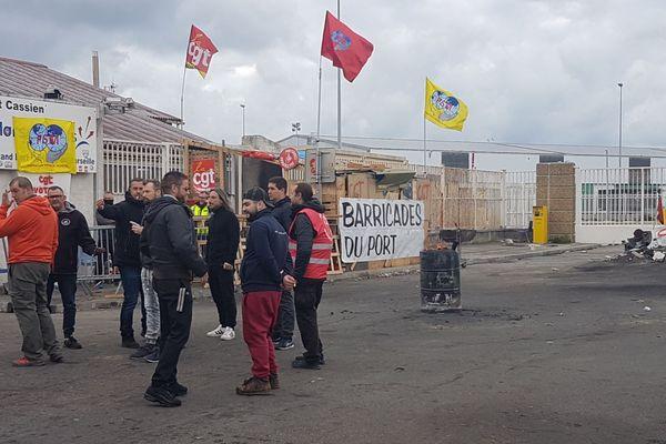 """Opération """"Port mort"""" par la CGT, à Marseille"""