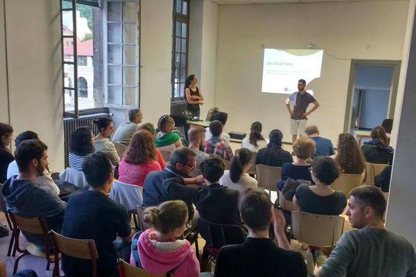"""Le collectif """" Zéro Déchet"""" réunit une dizaine de personnes à Besançon, tous membres du réseau """"Zéro Waste France""""."""