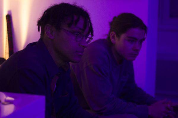 Marin au clavier et son ami rappeur Lucien, le binôme Sailor Di.