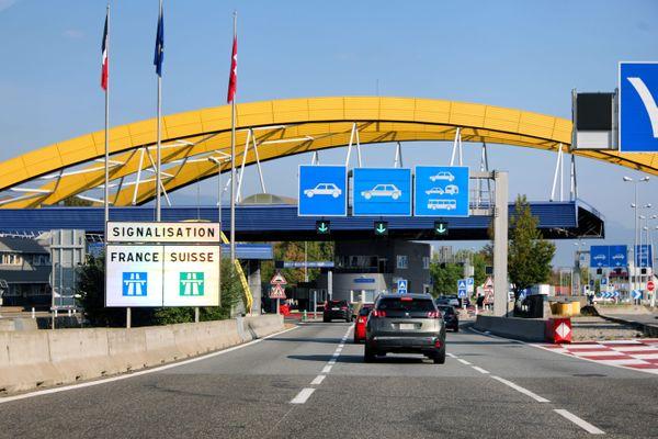 En Haute-Savoie, 1 actif sur 5 travaille à Genève, en Suisse.