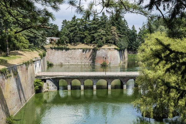 Enceinte du Quesnoy, anciennes fortifications défensives.