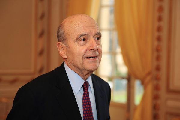 Alain Juppé dans les salons de la Mairie de Bordeaux lors de la venue d'Edouard Philippe le 1er février 2018.