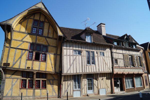 Le centre historique de Troyes regorge de vieilles maisons à colombages.