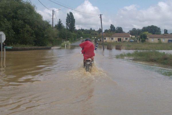 Circulation difficile en 2 roues dans certains villages de la Vienne
