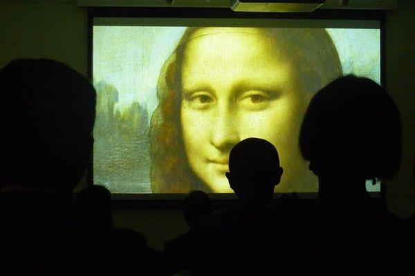 L'exposition Micro-Folie à Bastia présente plus d'une centaine de chefs d'oeuvres sous forme numérique.
