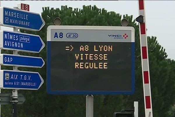 La vitesse passe de 110 km/h à 90 km/h entre l'échangeur d'Aix Ouest et le tunnel de Langesse.