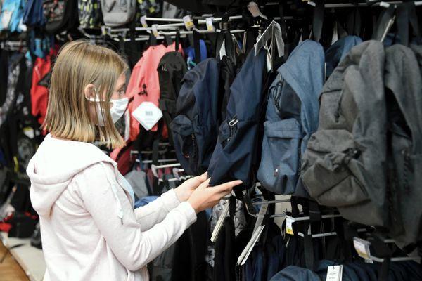 """L""""allocation de rentrée scolaire, un coup de pouce pour l'achat des fournitures scolaires"""