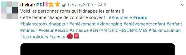 Une capture d'écran d'un tweet publié avec une photo de deux personnes les accusant d'enlever des enfants.