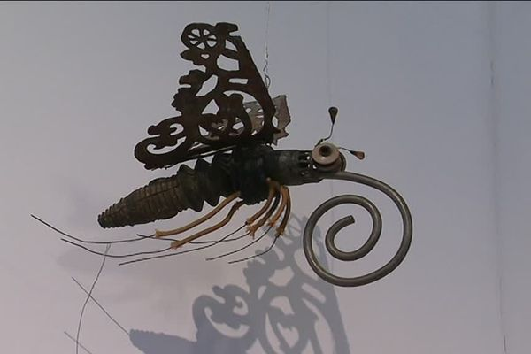 Un animal fantastique d'Alain Cousin: papillon, oiseau ou les deux?