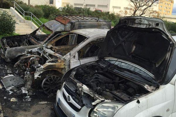 28/01/15 - Bastia : 5 voitures brûlées dans la nuit