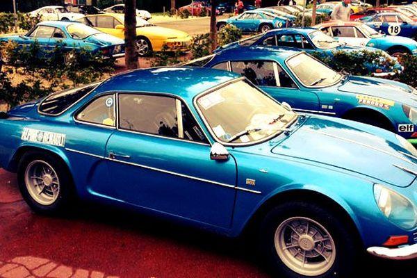 Le bleu Alpine,  effet photo vintage